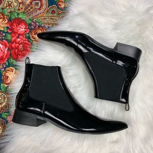 Zara glossy pointed toe elf style ankle booties